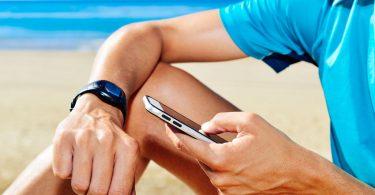 mobile location beach smartwatch
