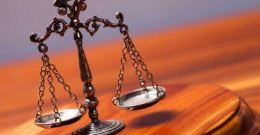 blockchain legal smart contracts law