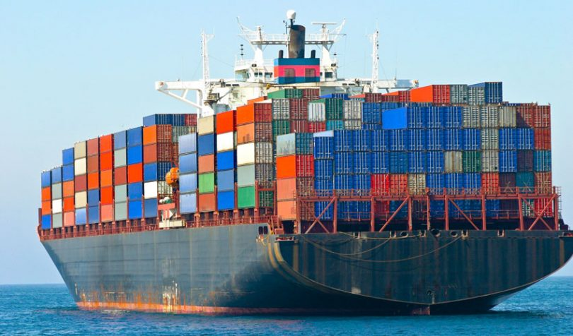 ocean freight container ship