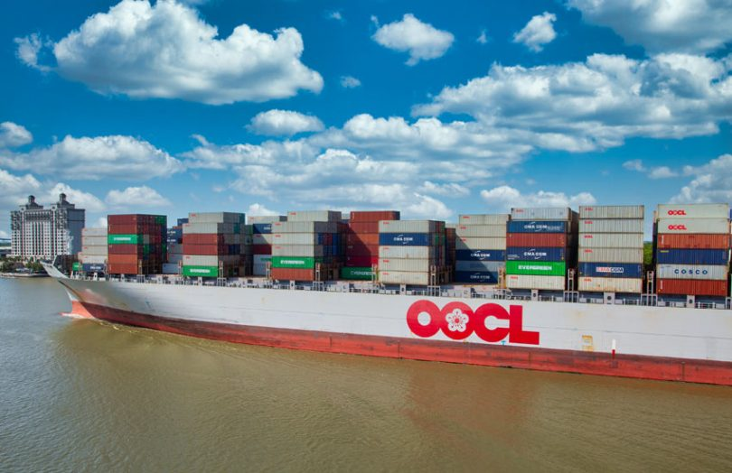 cointainer ship oocl